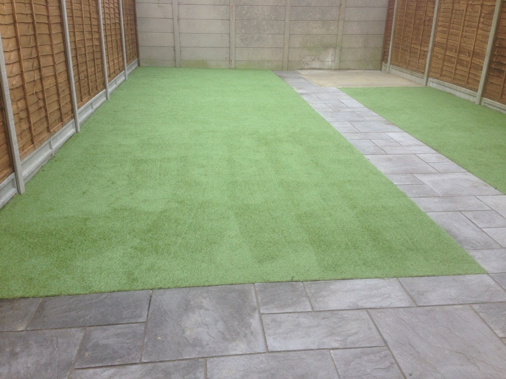 artificial-turf-looking-good-1