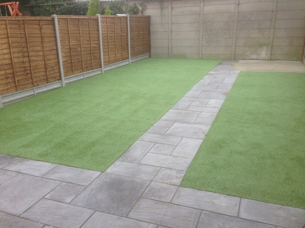 artificial-turf-looking-good-2